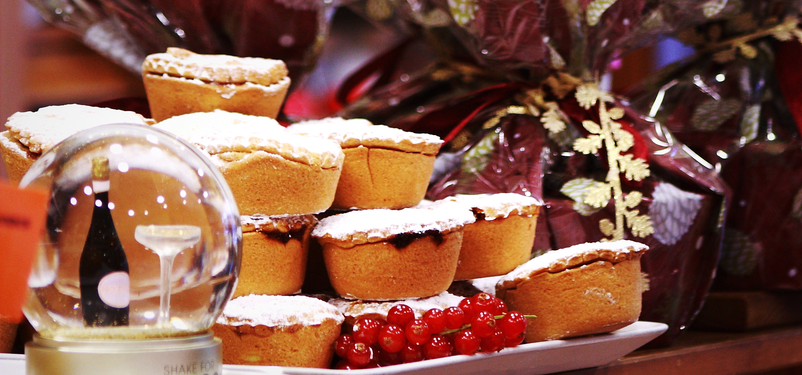 mince pies and Christmas puddings