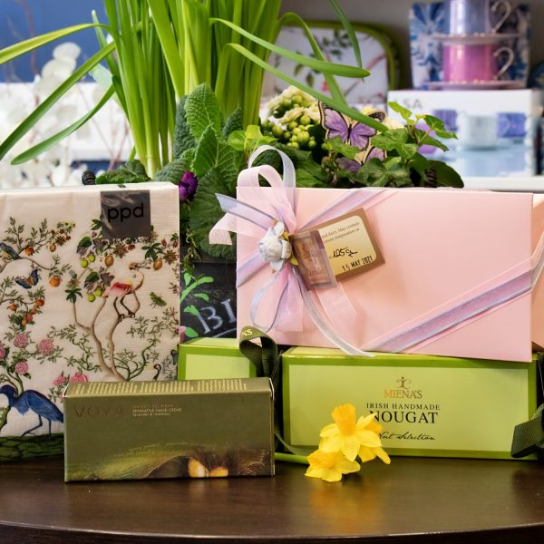 Springtime Love Hamper from White Gables